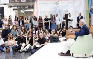 Miguel Milá, leyenda del diseño Made in Spain, en la charla que impartió en el contexto del salón Nude