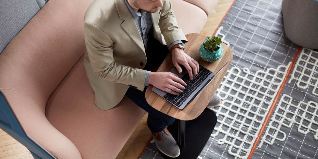Mesa portátil personalizable Pip de Haworth