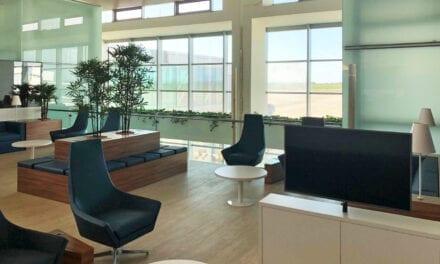 Lounge del Aeropuerto de Menorca, proyecto de CTO con butacas de Dile