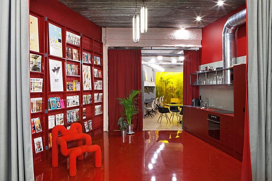 Ex-per-im-ent-o, comunidad y agencia creativa en Madrid
