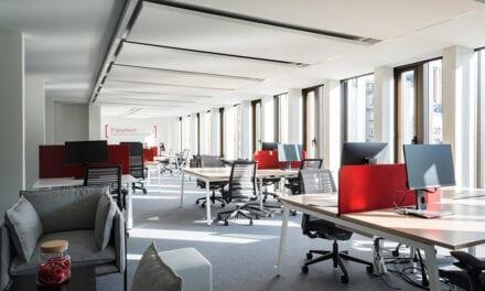 Lamp ilumina las oficinas Gecina en París