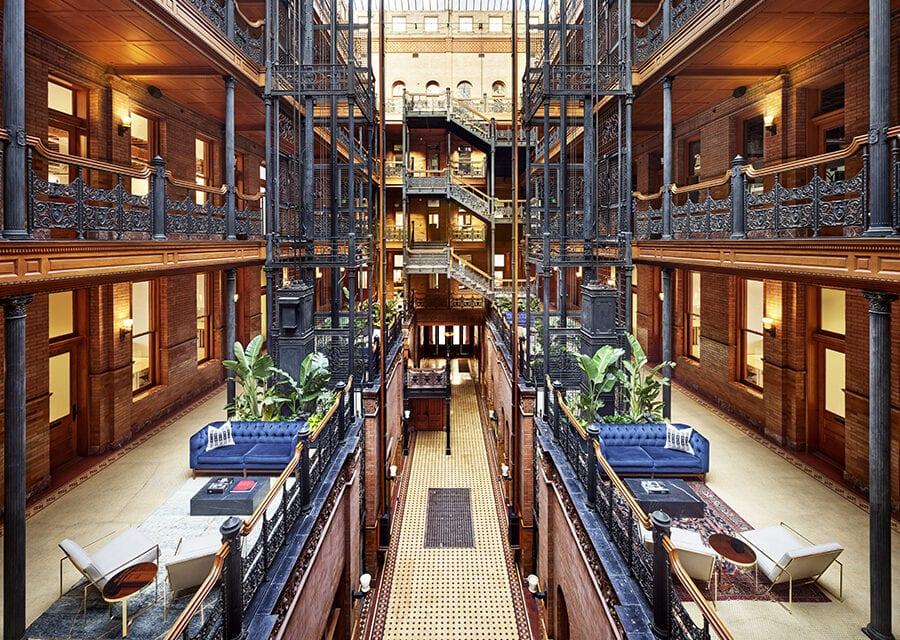 Oficinas coworking Neuehouse Bradbury LA, Proyecto de DesignAgency