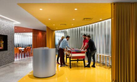Oficinas FlightHub Montreal, proyecto de ACDF Architecture