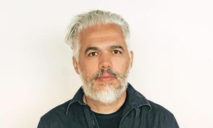 """Creamos un lenguaje único para cada proyecto"" Héctor Esrawe"