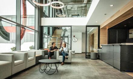 Artopex Granby, Canada, de Luc Plante Architecture + Design