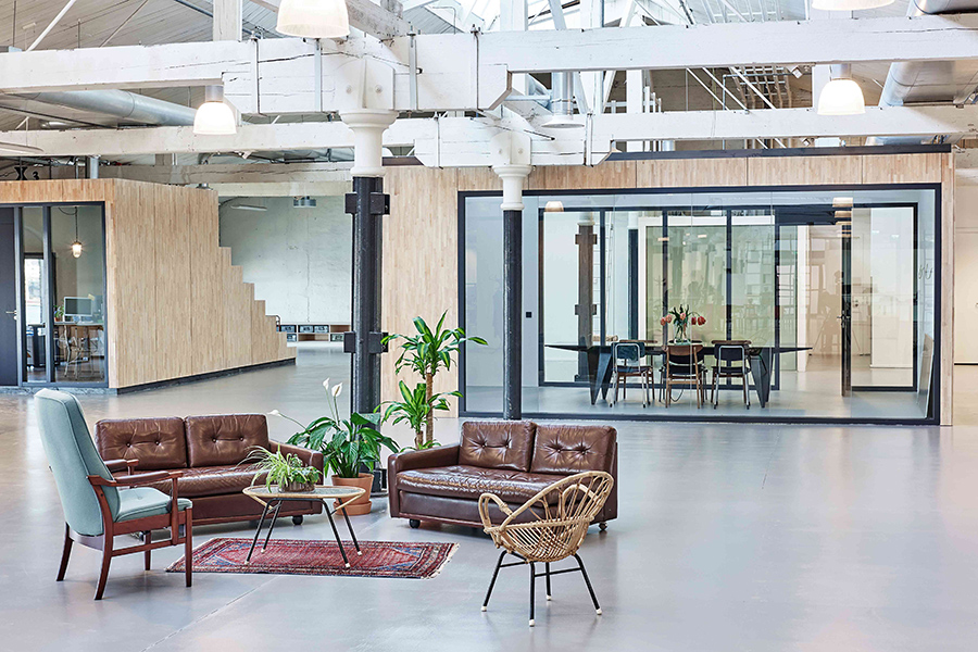 Oficinas Fairphone Amsterdam de Melinda Delst Interior Design
