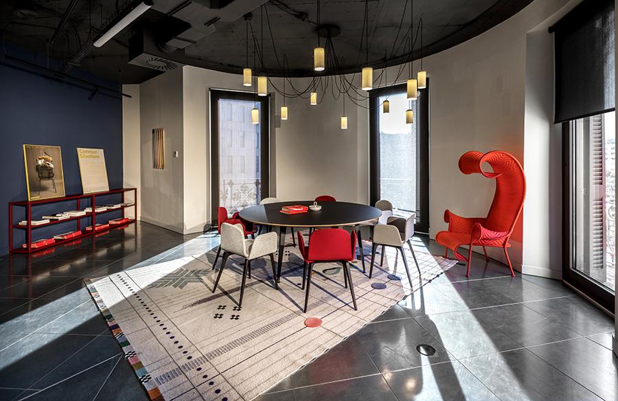 Elia Felices diseña el nuevo BCN Press room Felices Agency
