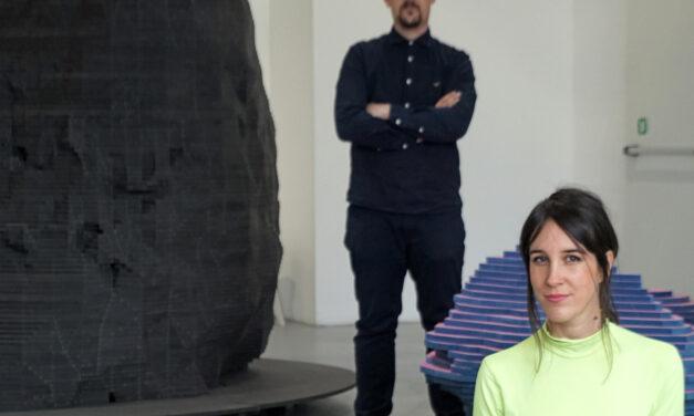 """""""El espacio es aliado del trabajo en equipo"""", Rocío Pina y Carmelo Rodríguez, Enorme Studio"""