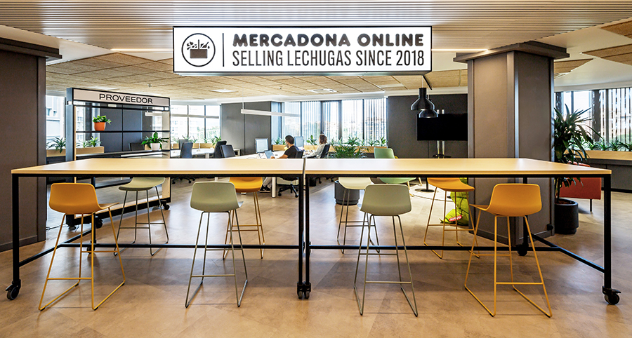 Diseño de oficinas Mercadona Online Valencia de Cristina Moya