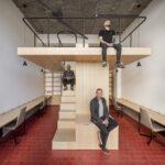 Oslo Cowork, espacio minimalista y compacto diseñado por Babel Studio en Bilbao