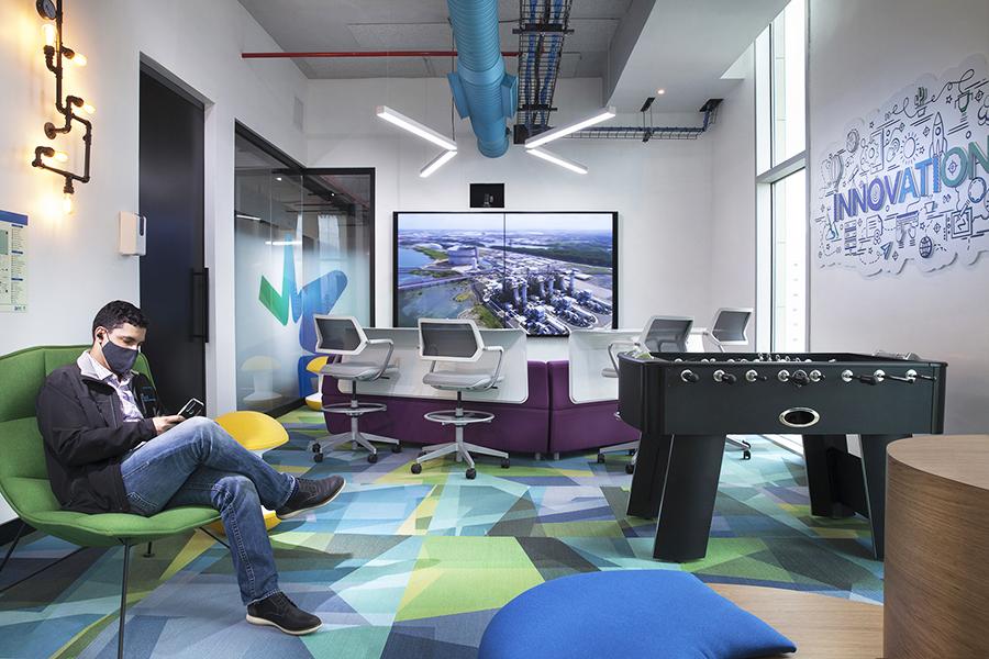 Diseño de oficina AES Dominicana proyecto de 3g Office